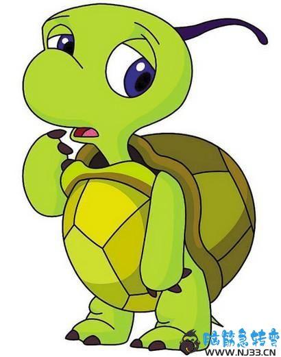 一只乌龟从一堆大便上走过,却只在上面留下3个脚印,为什么?