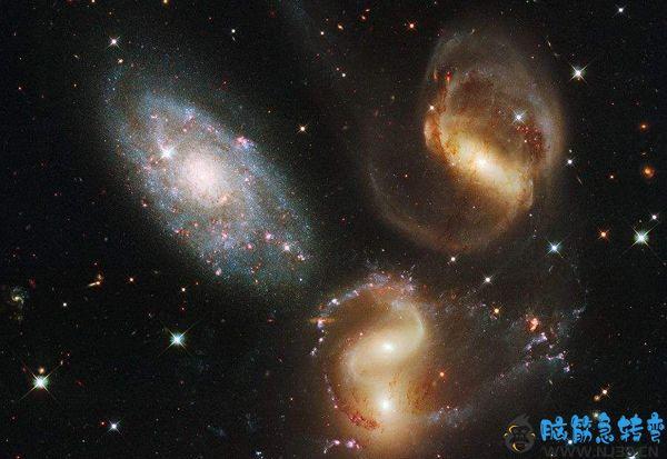宇宙为什么那么大?